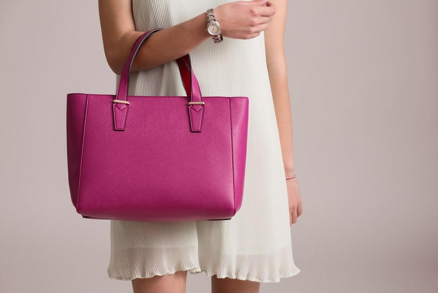 Női táska webáruházunkkal könnyedén felkészülhet a tavaszi időszakra!
