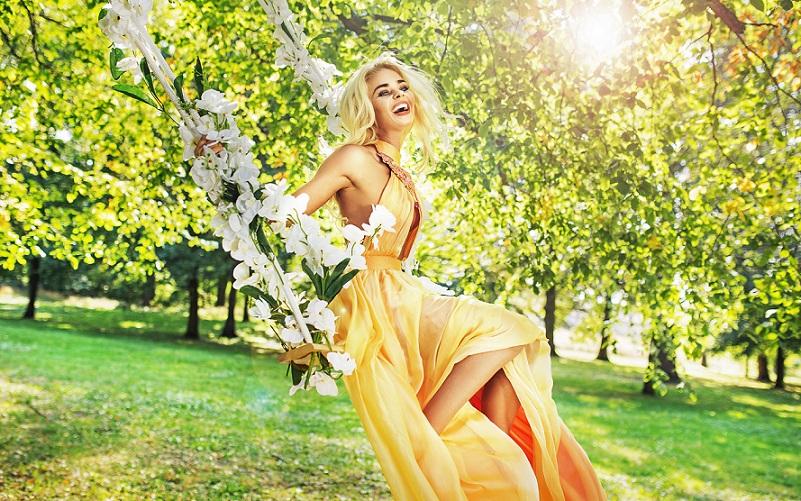 Itt a tavasz, a felfrissülés ideje, böngéssz női ruha webáruházunkban!